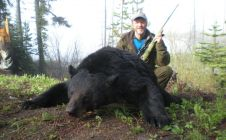 BC Guided Black Bear Hunting - Nanikalakeoutfitters.com