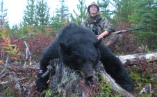 Trophy British Columbia Black Bear Hunts - Nanikalakeoutfitters.com