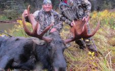 British Columbia Trophy Canadian Moose - Nanikalakeoutfitters.com