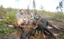 BC Late Season Trophy Moose Hunts - Nanikalakeoutfitters.com