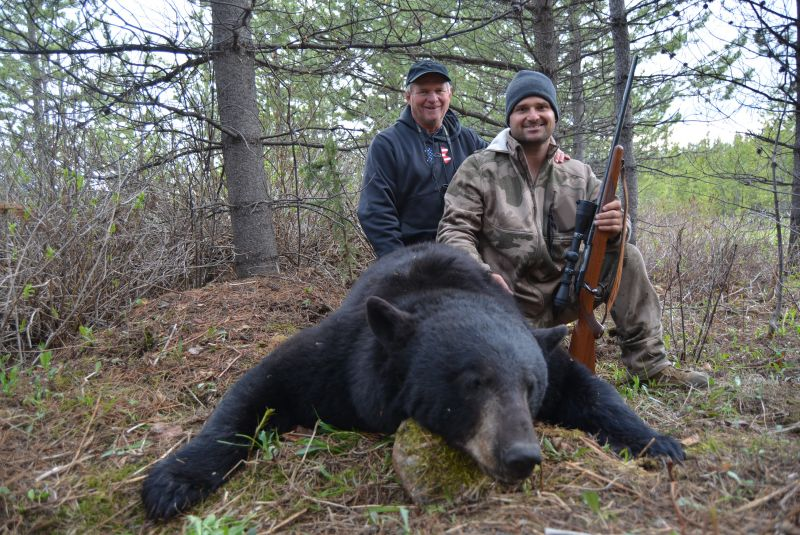 Coastal BC Bear Hunts - Nanikalakeoutfitters.com